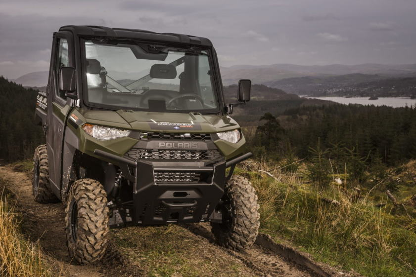Legergroene Polaris quad